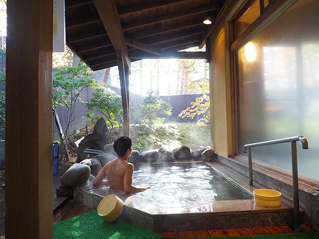 草津ハイランドホテルの露天風呂
