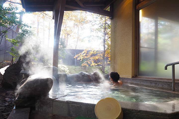 草津温泉からの…四万温泉がイイ!風呂デューサーが伝統の「仕上げ湯」を体感