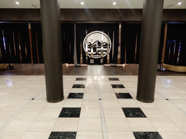 裏磐梯レイクリゾート内にある温泉の入り口