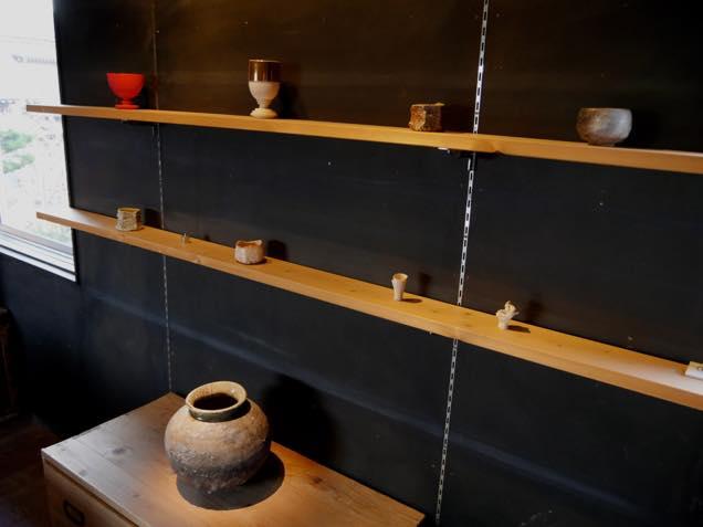 金沢・入江町にある工房「陶庵」に展示されている作品の数々