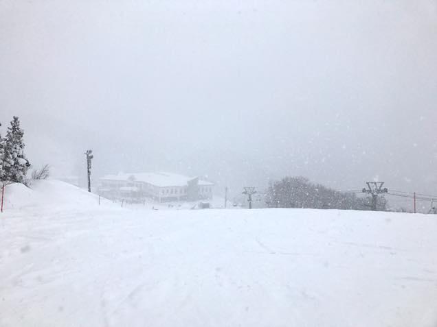 雪深くなったゲレンデ