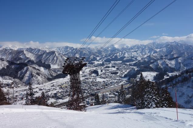 湯沢高原スキー場「コマクサコース」