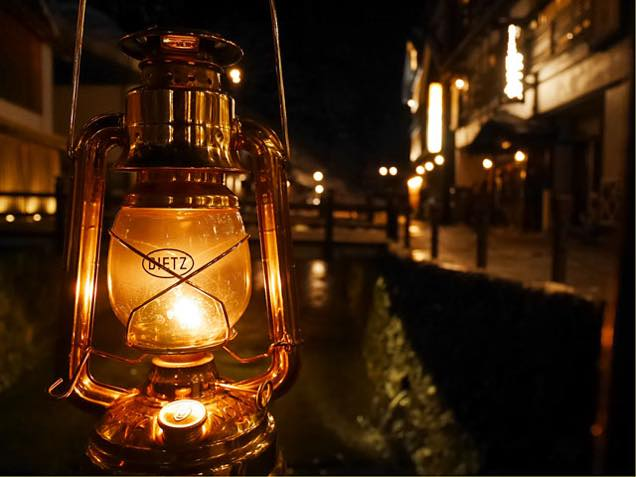 夜の銀山温泉