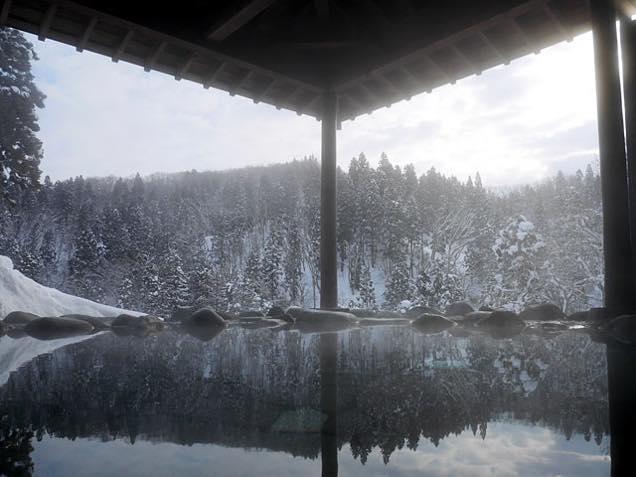 朝の展望岩露天風呂
