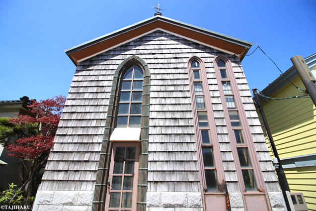 八幡坂 建物