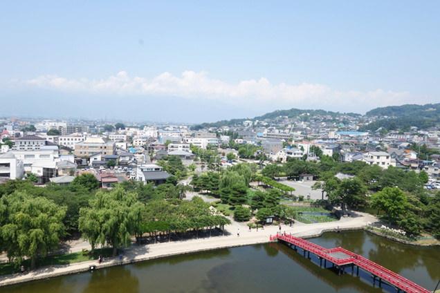 松本城 松本街並み