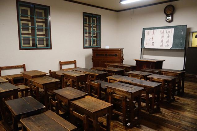 旧開智学校 教室