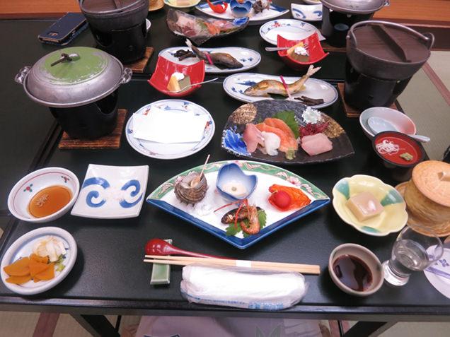 横谷温泉旅館の夕食
