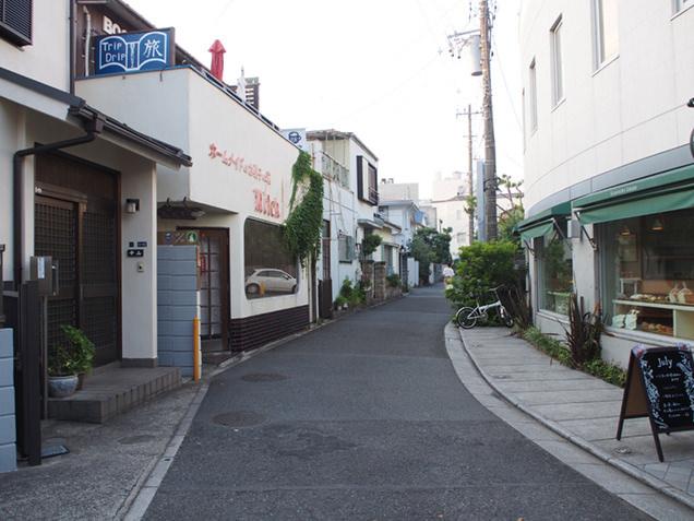 鎌倉駅西口 magali近くの路地