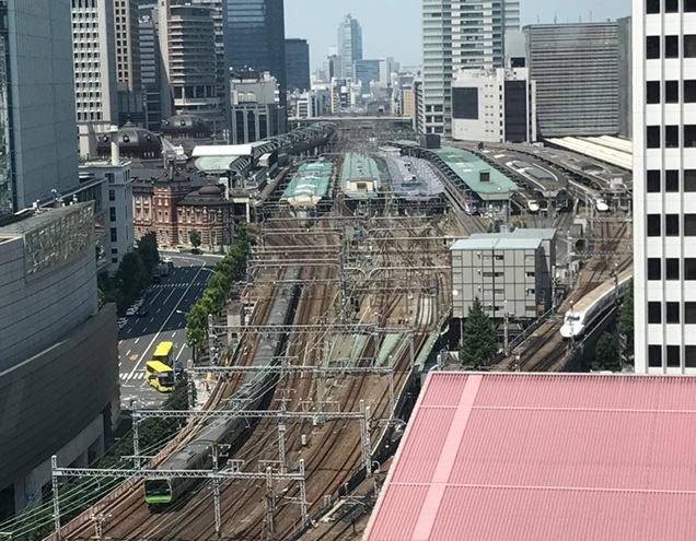 東京會舘 銀座スカイラウンジ トレインビュー