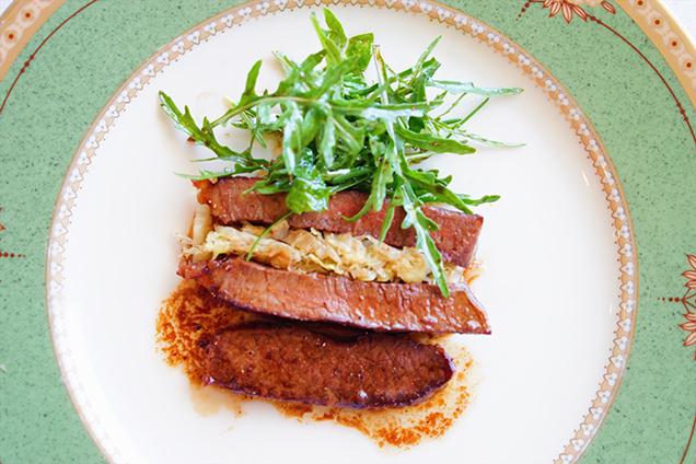 佐渡牛のステーキ