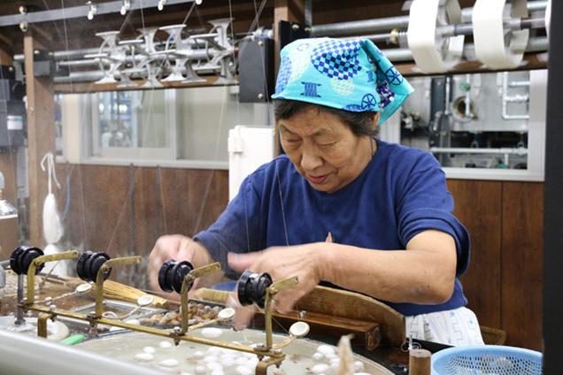 岡谷蚕糸博物館 諏訪式繰糸機