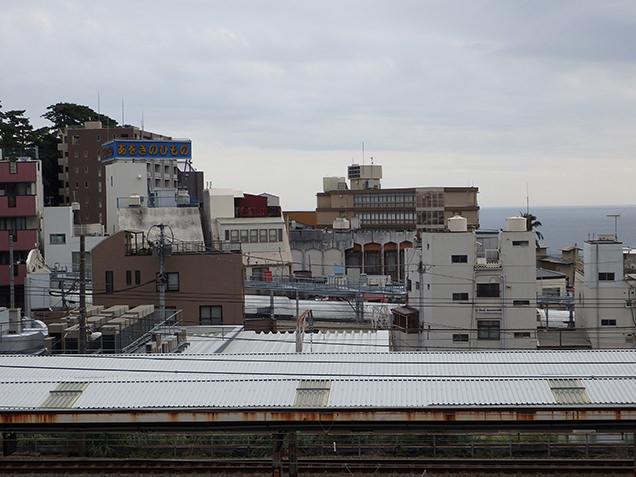 JR熱海駅からの風景