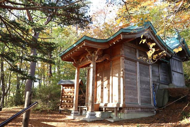 玉子湯 温泉神社