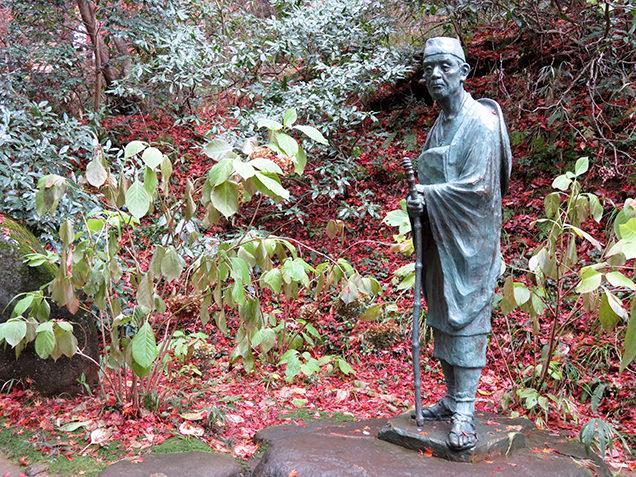 中尊寺 芭蕉像