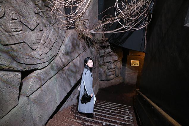 体感型動物園iZooの館内