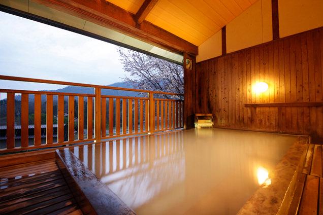 松金屋アネックス 源泉眺望風呂