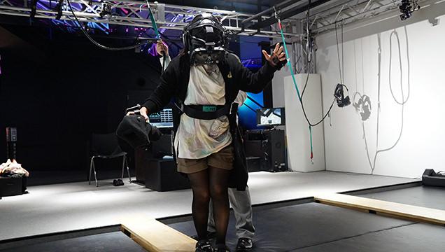 VR ZONE SHINJUKU 極限度胸試し 高所恐怖SHOW