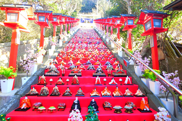 かつうらビッグひな祭り 遠見岬神社 ひな人形