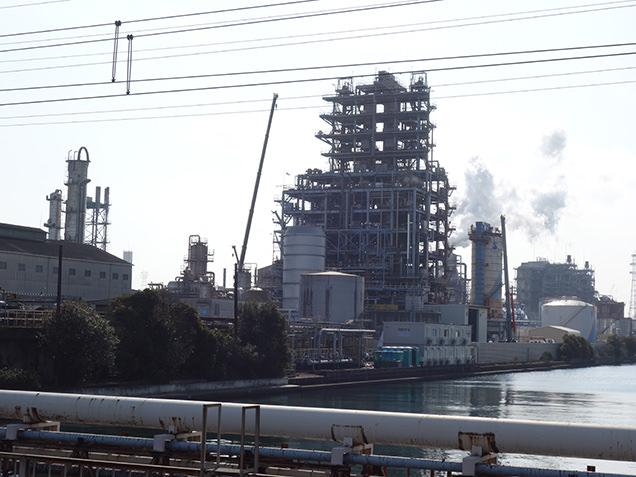 鶴見線沿線 工場外観