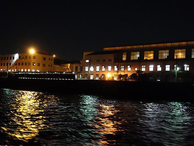 工場夜景探検クルーズ 海芝浦駅