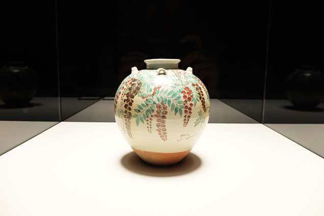 MOA美術館 色絵藤花文茶壺