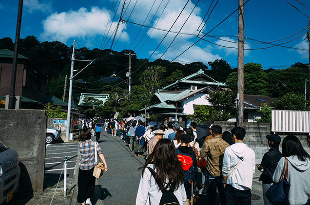 長谷寺 入場待ちの行列