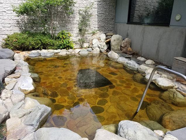 あかつきの湯の露天風呂