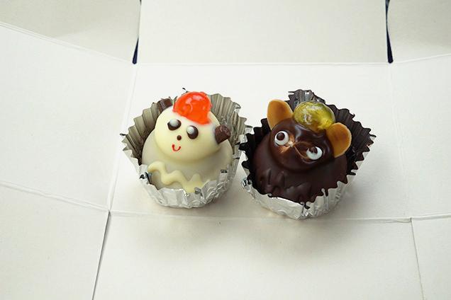 翁堂のパンダケーキとたぬきケーキ