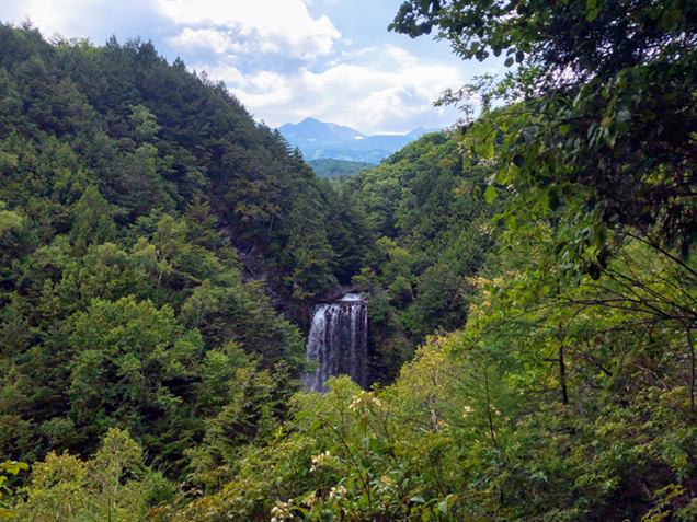 滝見台から見える乗鞍岳