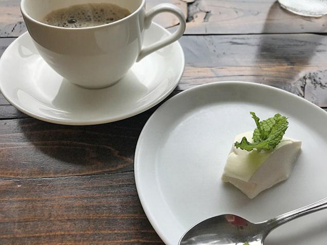 コーヒー風味のパンナコッタ
