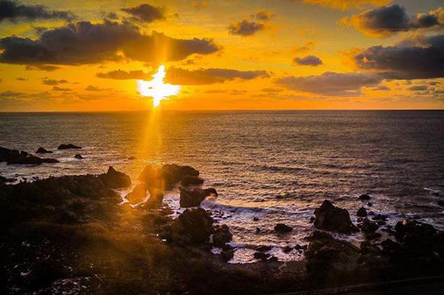 五能線から見える夕日