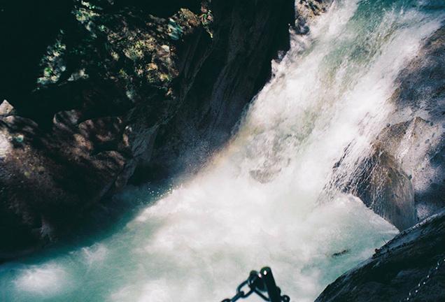 西沢渓谷の自然 滝