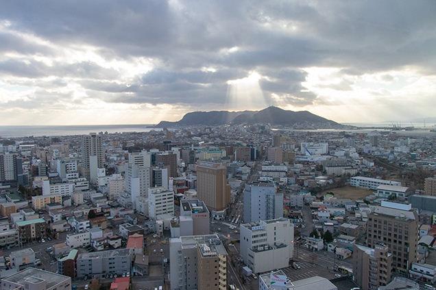 五稜郭タワーから見る函館山方面(南)