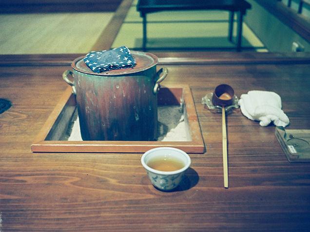 源泉を使って入れたほうじ茶