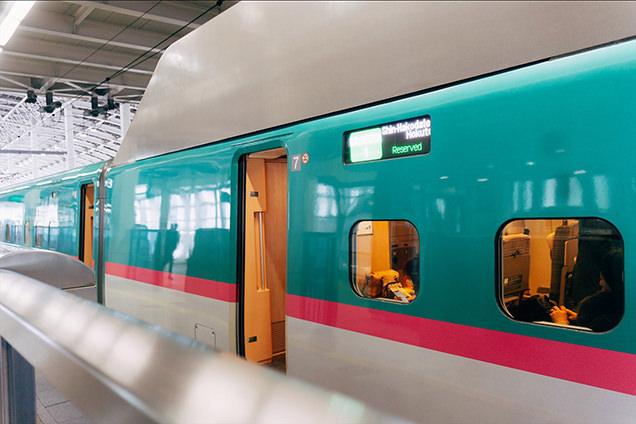 東北新幹線 はやぶさ