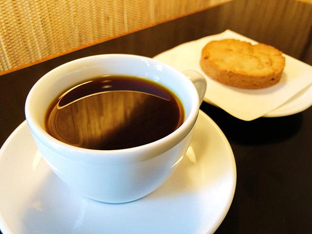 ケニア産コーヒーとノルウェー産小麦クッキー