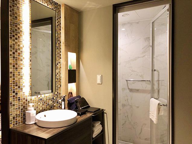 お風呂と洗面所
