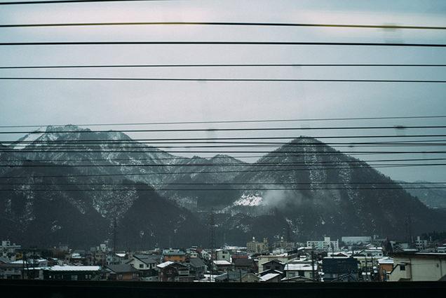 新幹線の車窓(新潟)