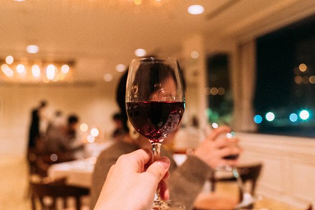 越後産のワインで乾杯