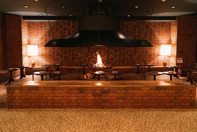 カクテルラウンジ シャトレーヌの暖炉