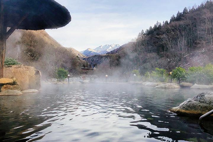 露天風呂×雪景色のコラボにうっとり♪奥飛騨&下呂で名湯ハシゴ旅