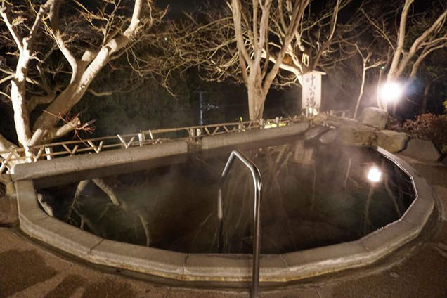 露天風呂 叶いの湯