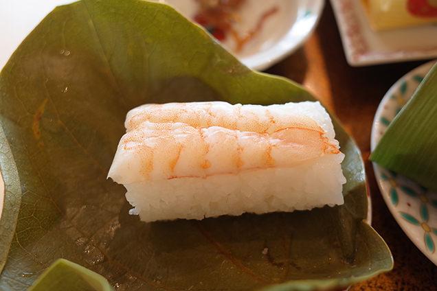 豆皿茶屋 海老のお寿司