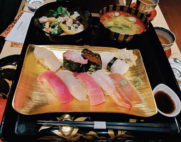 すし栄のお寿司