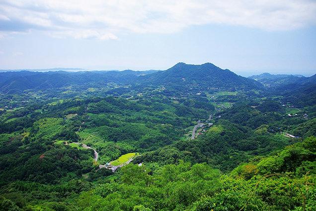 伊予ヶ岳の山頂からの景色