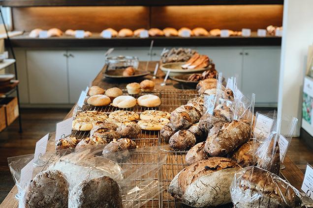 「KANEL BREAD」のパン