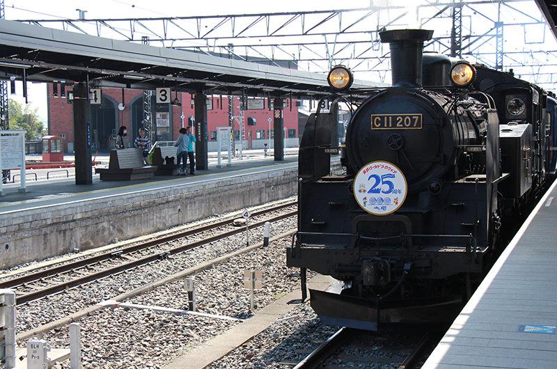 東武鉄道が約半世紀ぶりに復活運転させた迫力満点の「SL大樹」