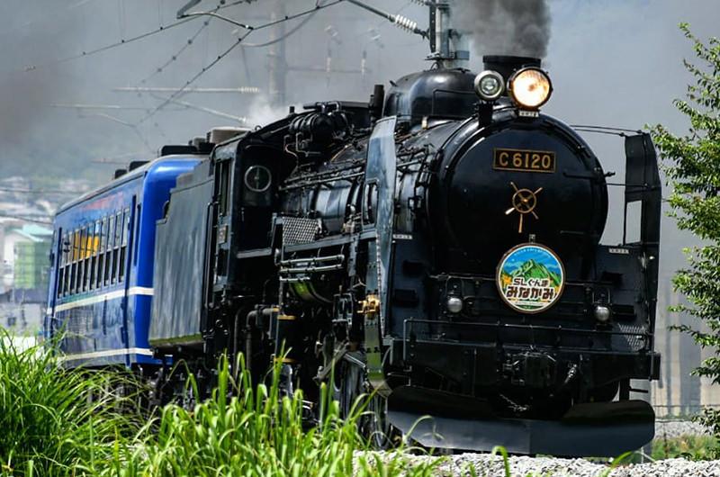 一度は乗ってみたい東日本の観光列車10選。グルメも絶景も足湯も満喫!?