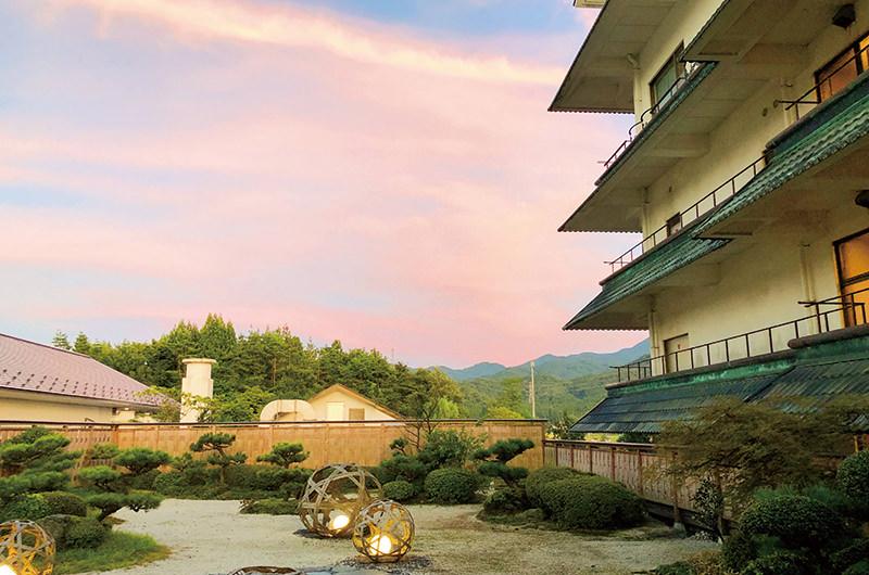 泉慶の庭園